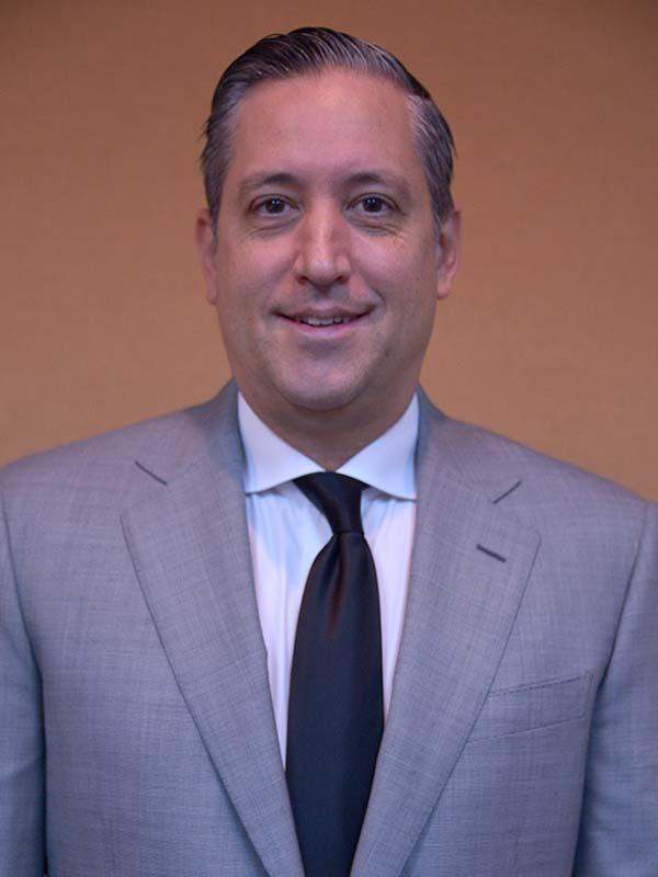 Juan Antonio Larrea<br>Presidente<br>South American Restaurant Corp. (SARCO)